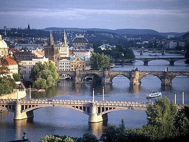 belleza-de-puentes-praga.jpg